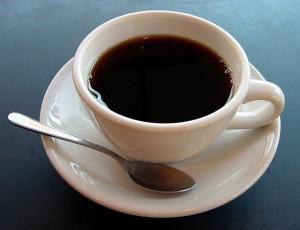 Чашка с черным кофе