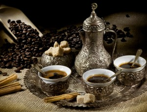 Вариант сервировки кофе