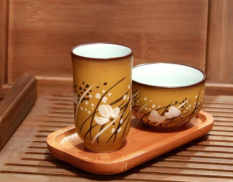 чайная пара Сян-Бэй и Пин-Бэй на подставке Бэйнч-Жань