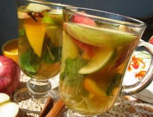 Чай с мятой и яблоком