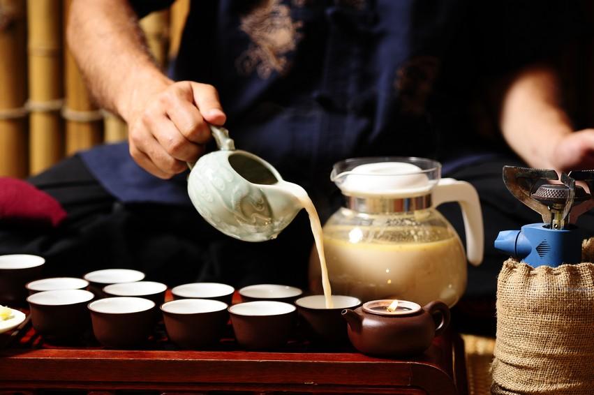 Заваривание монгольского чая