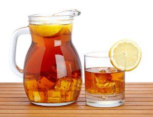 Домашний холодный черный чай
