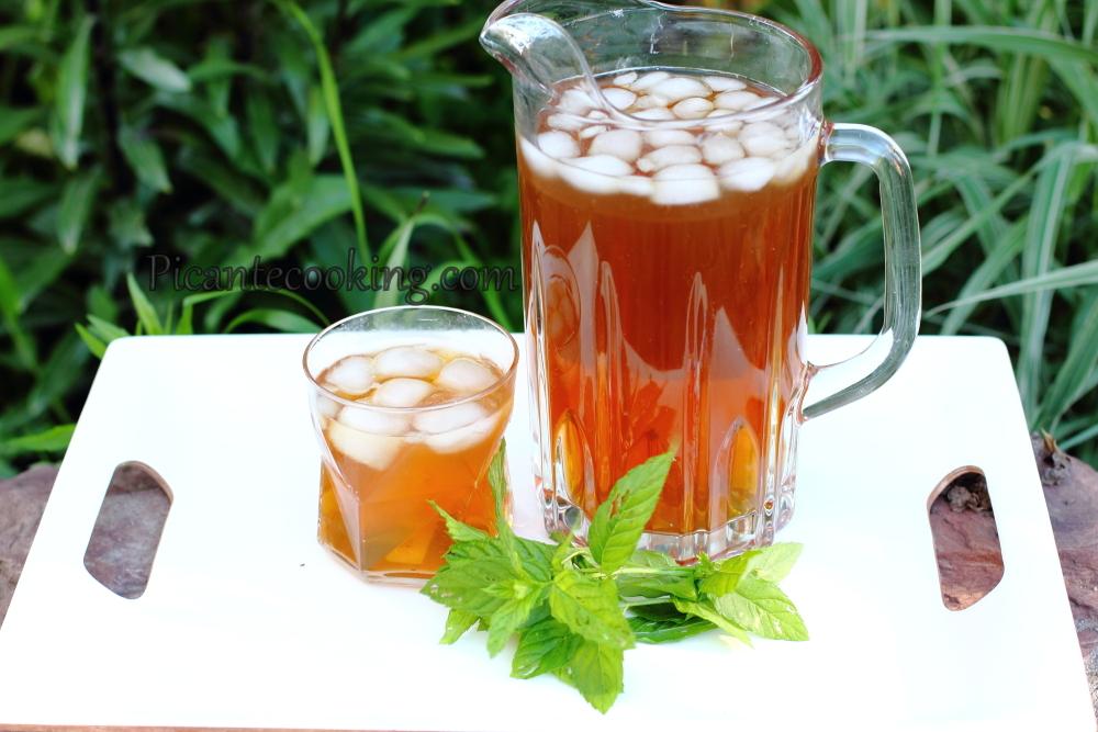 Холодный чай с пряностями