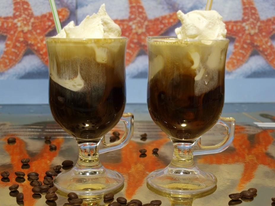 Кофе с мороженым диетический