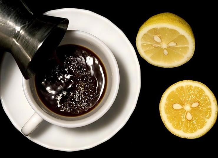 Лимон и кофе