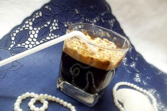 коктейль кола-и кофе